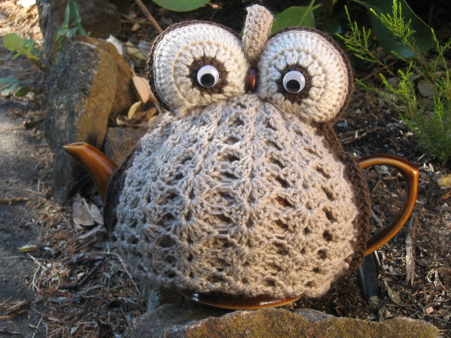 Knitting Pattern Owl Tea Cosy : Owl Tea Cosy Creatively Carolyn